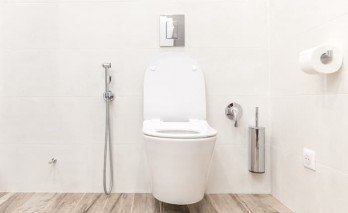 Islak Mendil Tuvaleti Tıkar Mı?